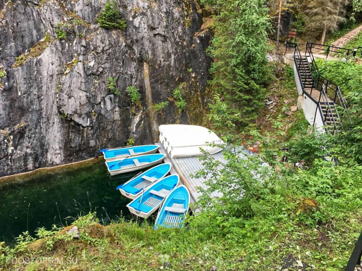Лодки в Рускеале