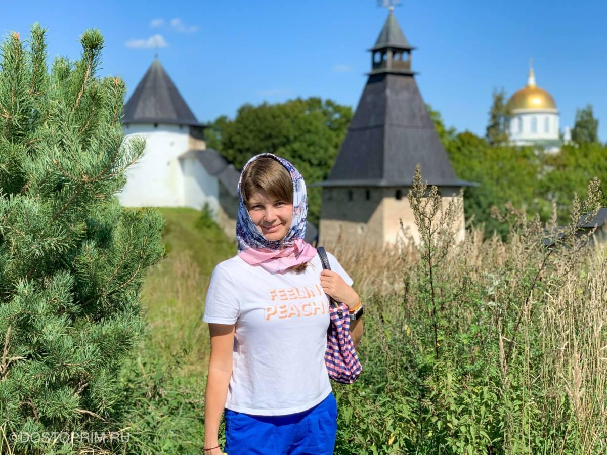 Стена и башни Печорского монастыря