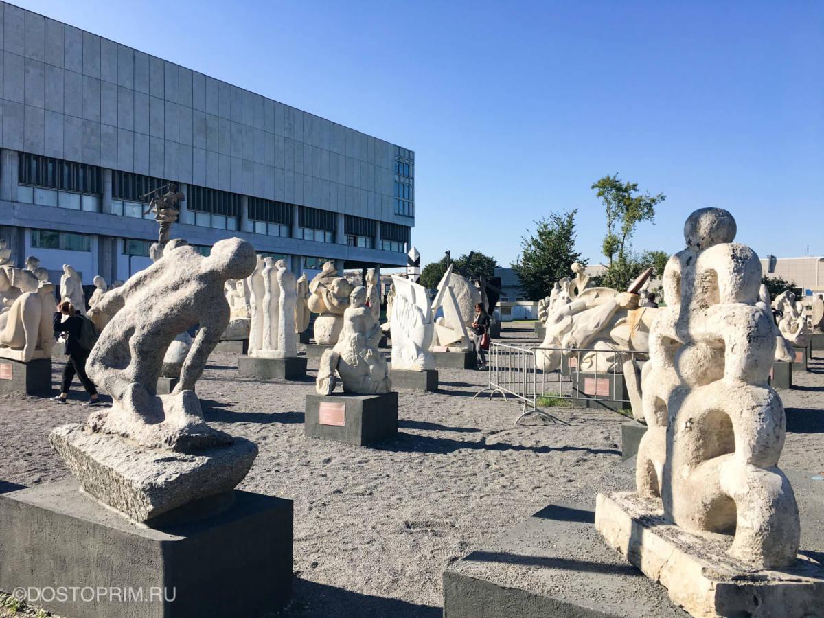 Выставка скульптур под открытым небом