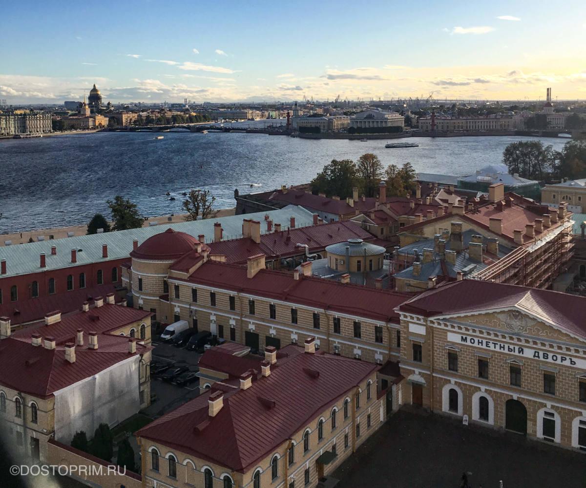 Вид с колокольни Петропавловской крепости